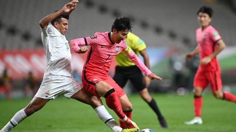 Hàn Quốc đẩy nhanh quá trình tìm kiếm bàn thắng trong hiệp 2