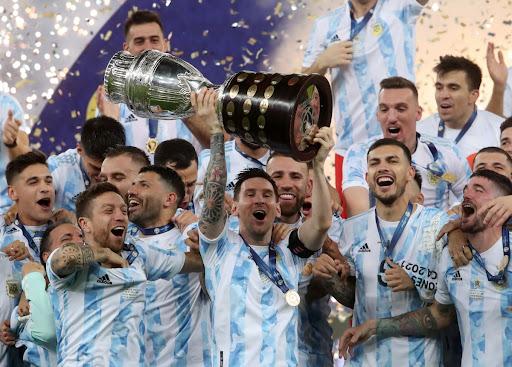 Siêu sao Lionel Messi hạnh phúc chia sẻ về cúp vô địch Copa America 2021