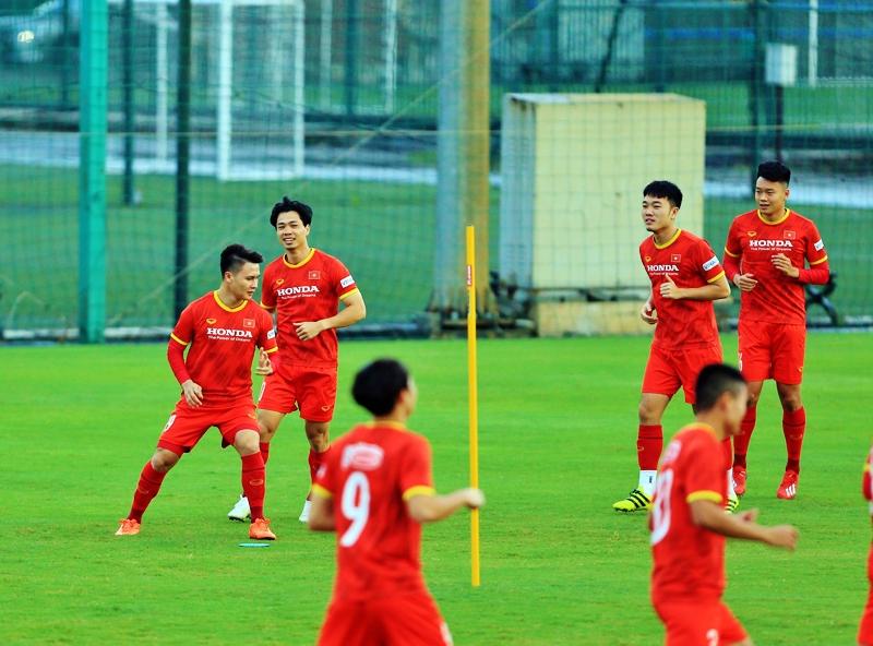 Việt Nam chưa thể dành được điểm sau 2 trận đấu đầu tiên