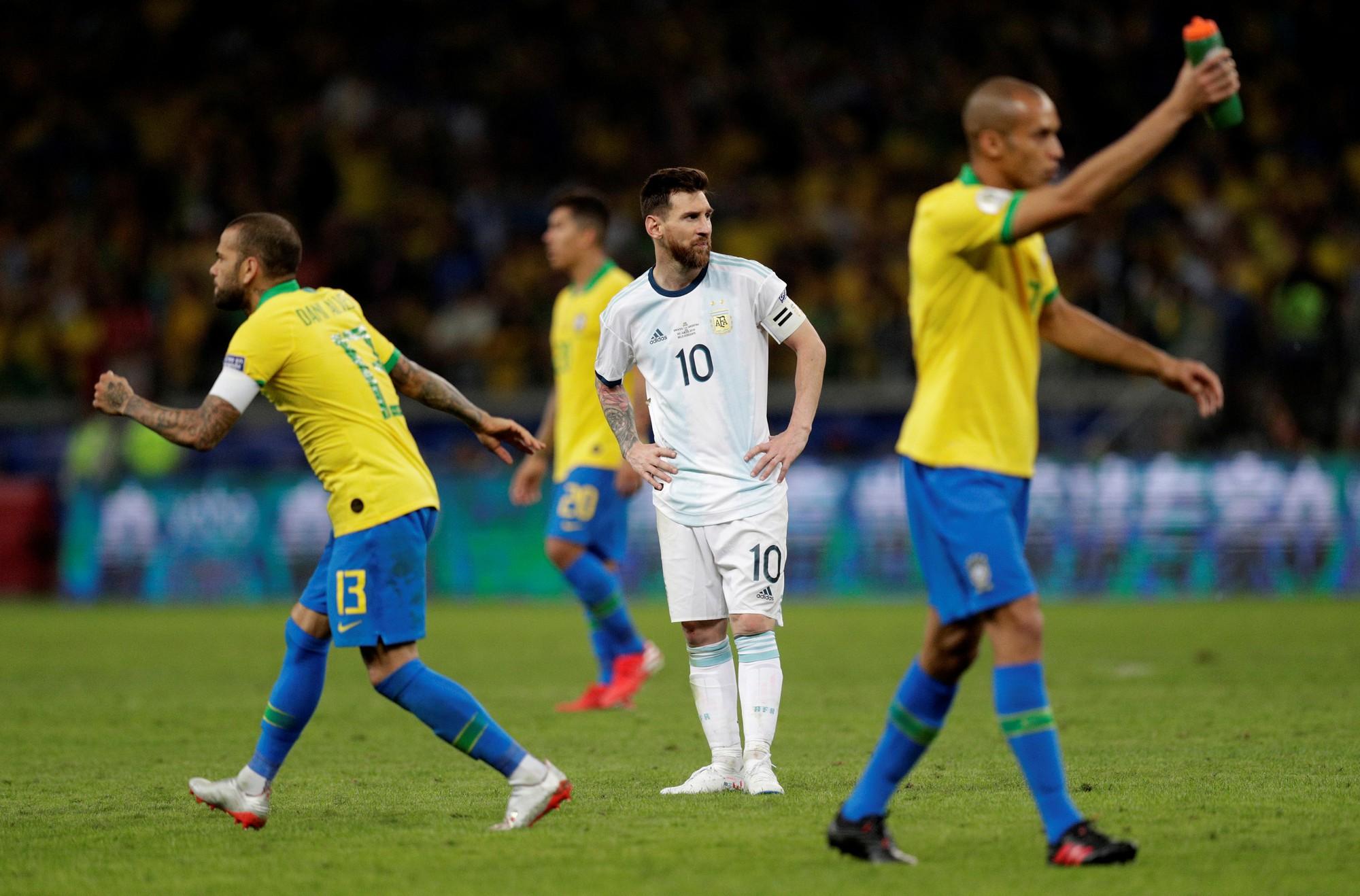 Nhà cầm quân Brazil không phục trước kết quả trận đấu