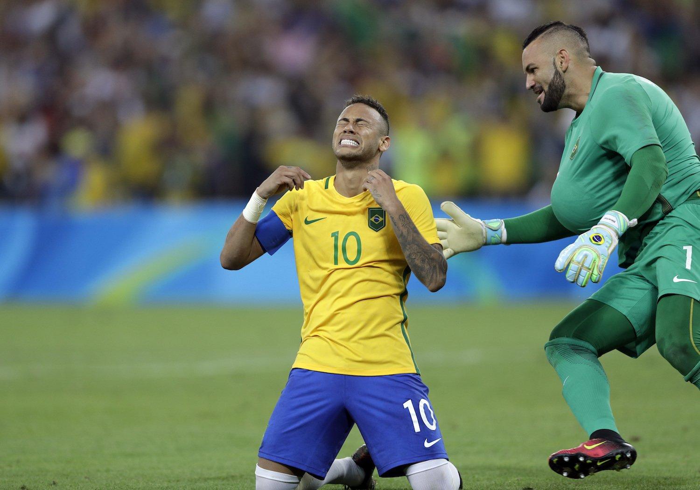 Cầu thủ Neymar liên tục lỡ mất cơ hội vô địch Copa America