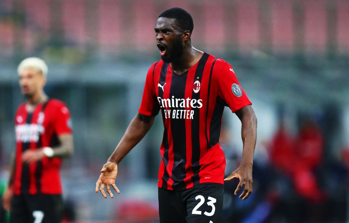 Tomori hiện đang chơi cho Milan