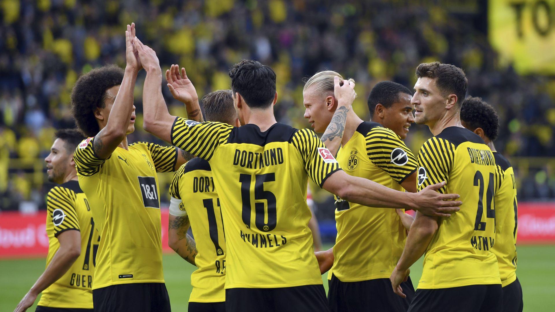 Dortmund đánh bại Union Berlin trên sân nhà Signal Iduna Park