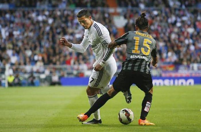 Các cách xâu kim đối thủ trong bóng đá