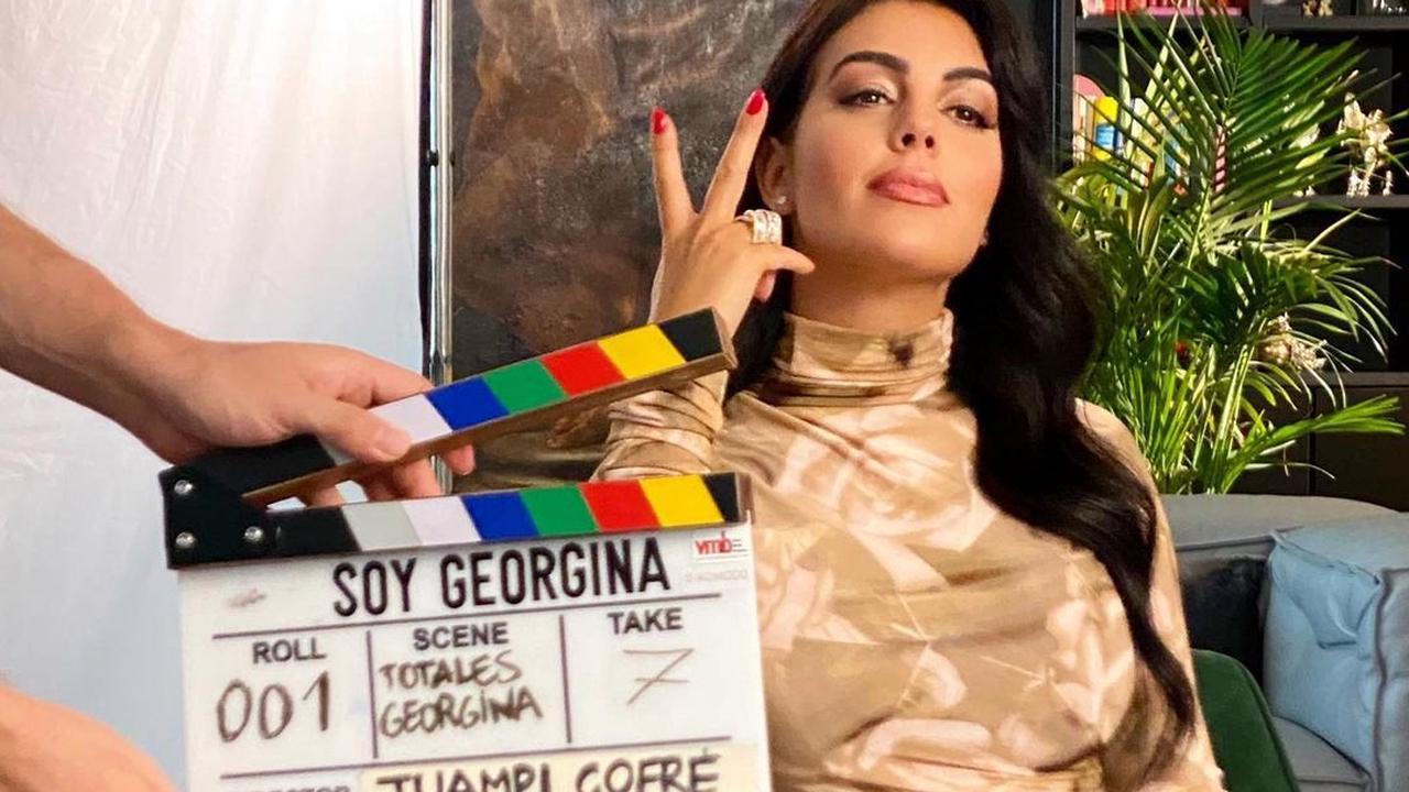 Bộ phim về Georgina vừa được Netflix đóng máy và đang làm hậu kỳ