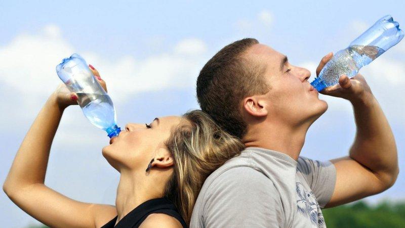 Cung cấp đủ lượng nước cho cơ thể