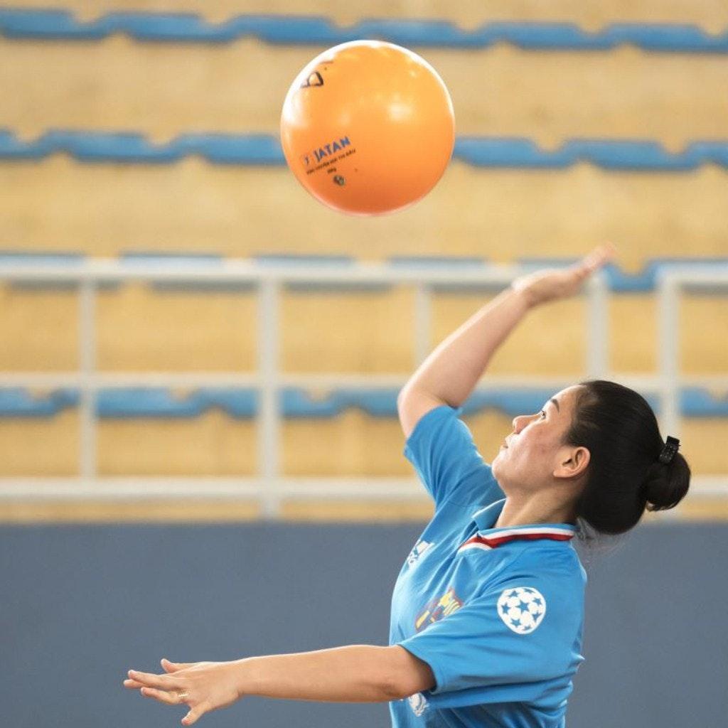 Kỹ thuật phát bóng tấn công trong bóng chuyền