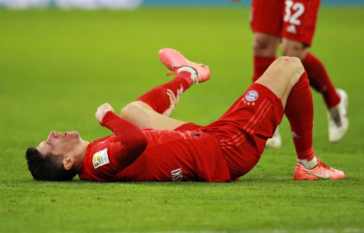 Nguyên nhân dẫn đến chấn thương cơ háng khi đá bóng