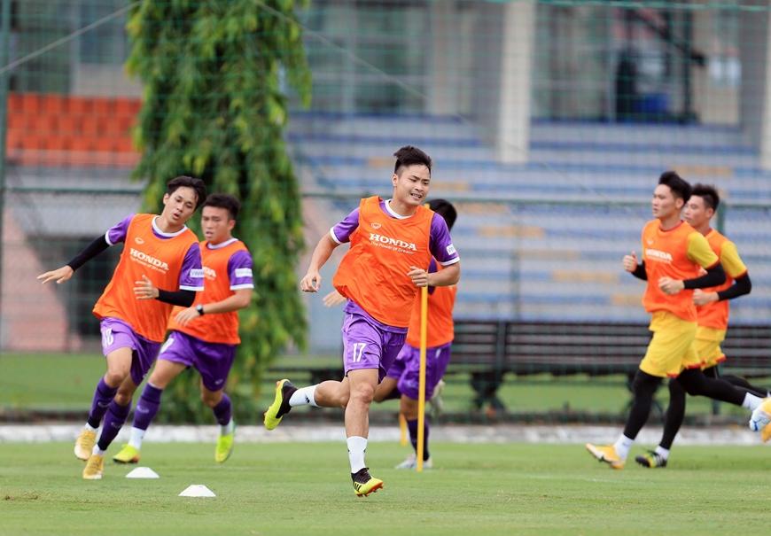 ĐTQG Việt Nam rèn luyện thể lực cho 2 trận đấu sắp tới