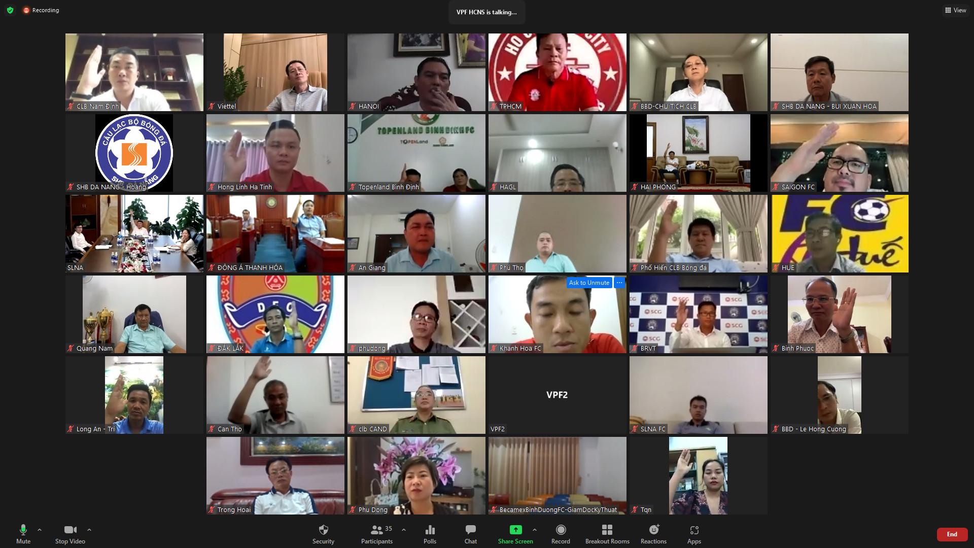 VPF tổ chức cuộc họp trực tuyến với 27 câu lạc bộ tại V.League