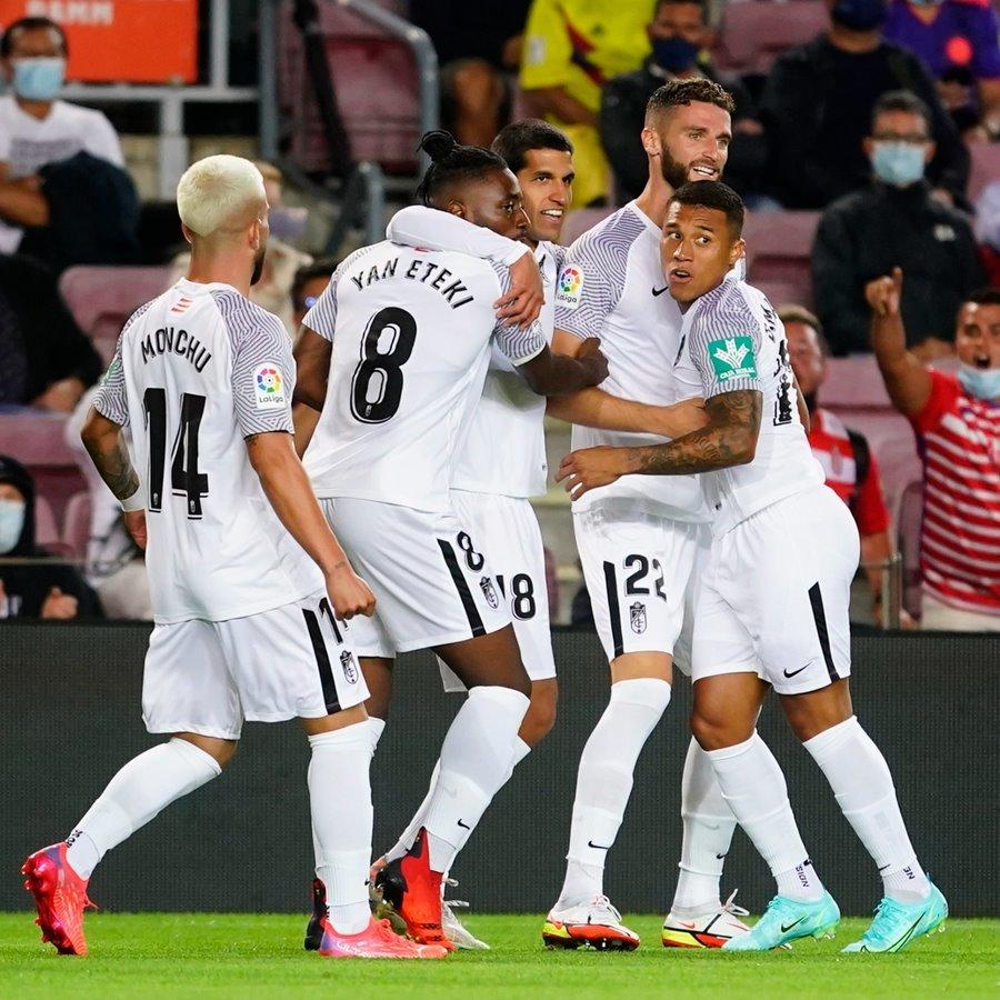 Diễn biến trận đấu giữa Barca và Granada