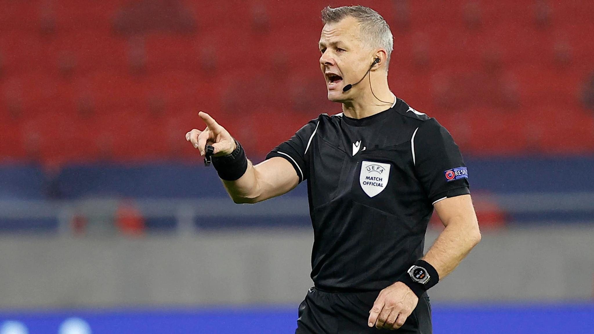 Bjorn Kuipers bắt đầu sự nghiệp làm trọng tài tại Hà Lan từ năm 2005