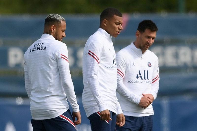 Bộ ba tấn công Messi - Neymar - Mbappe