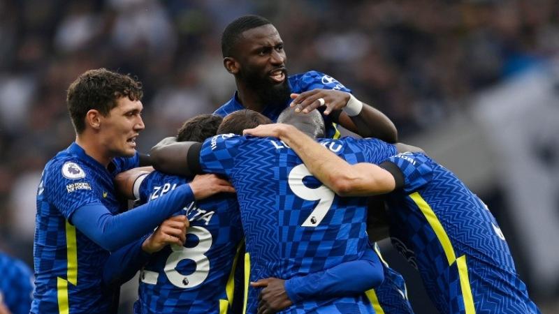 Chelsea tỏ ra đáng sợ trong cuộc đua vô địch Ngoại Hạng Anh