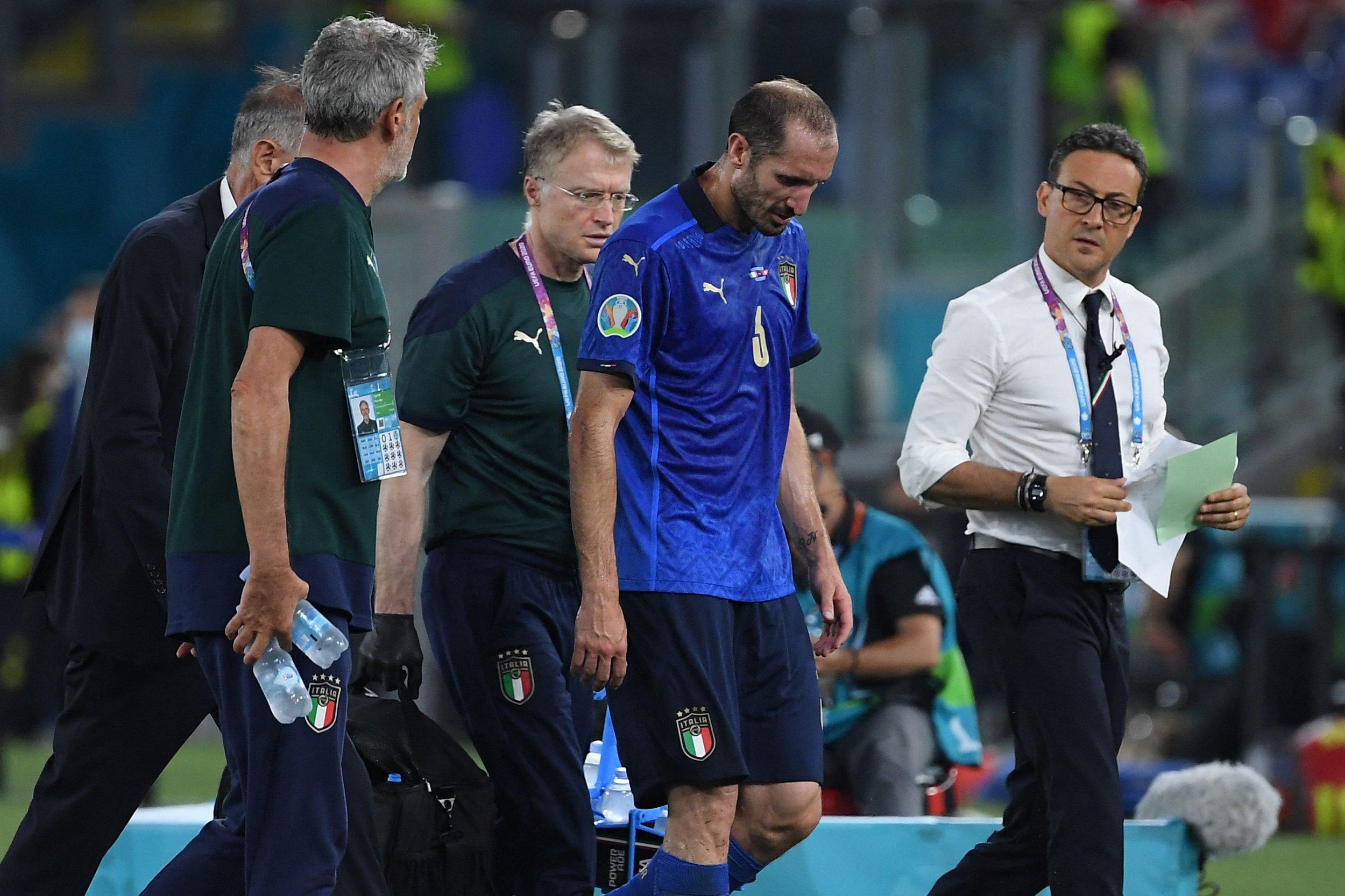 Chiellini rất khiêm tốn khi nói về khả năng vô địch Euro 2020 của đội tuyển Italia