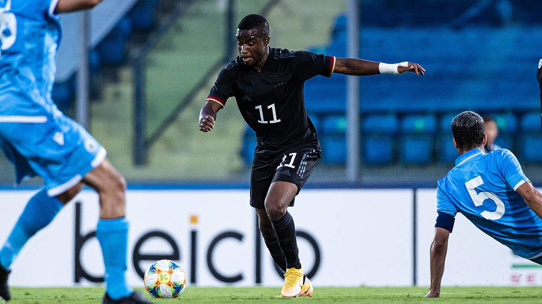 Moukoko lập cùng lúc 2 kỷ lục mang về chiến thắng cho U21 Đức