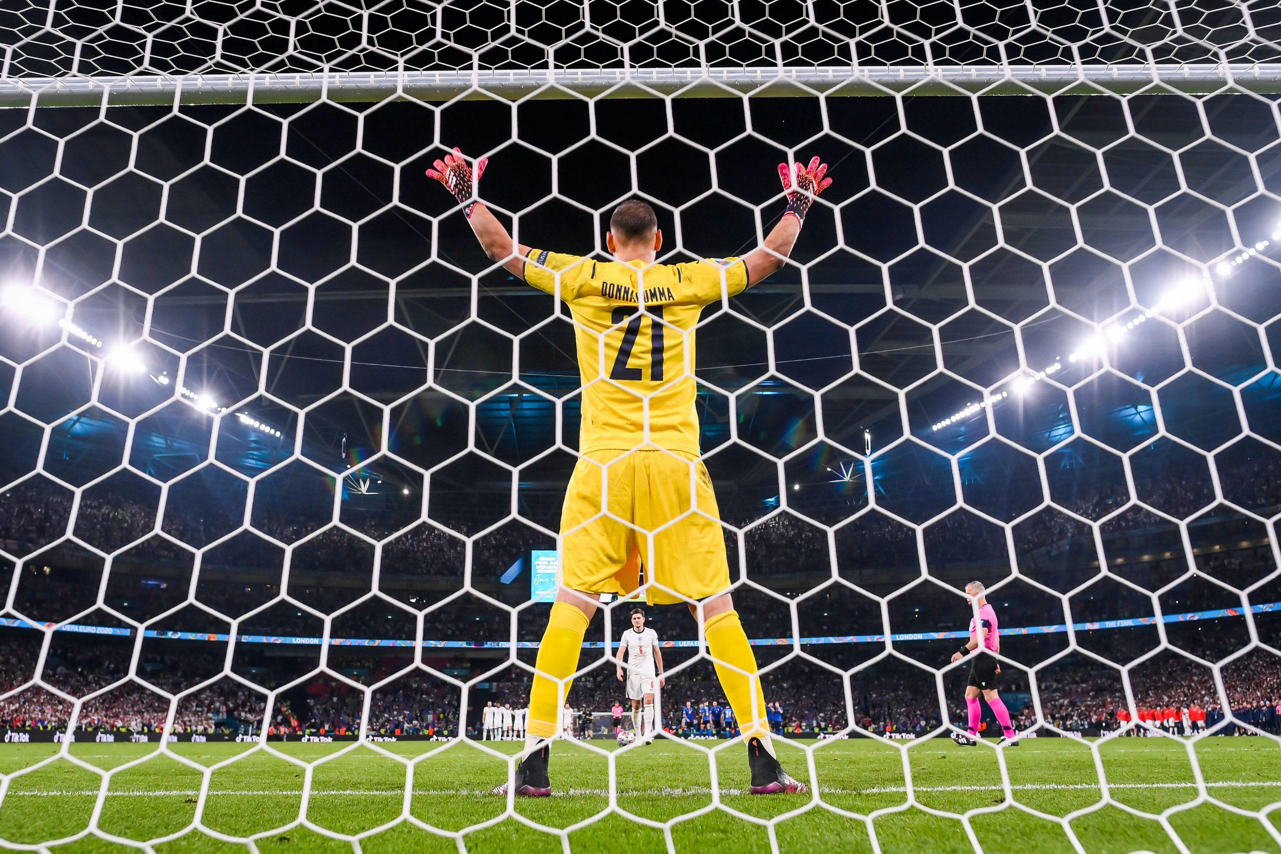 Donnaruma là cầu thủ thứ hai trong lịch sử Euro đạt danh hiệu Cầu thủ xuất sắc nhất