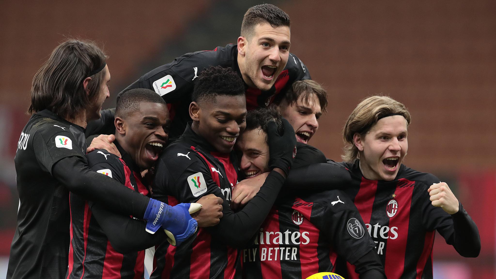 Milan đã trở lại đấu trường Champions League sau thời gian dài vắng bóng