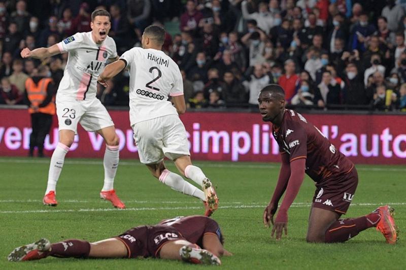 Hamiki ghi 2 bàn thắng