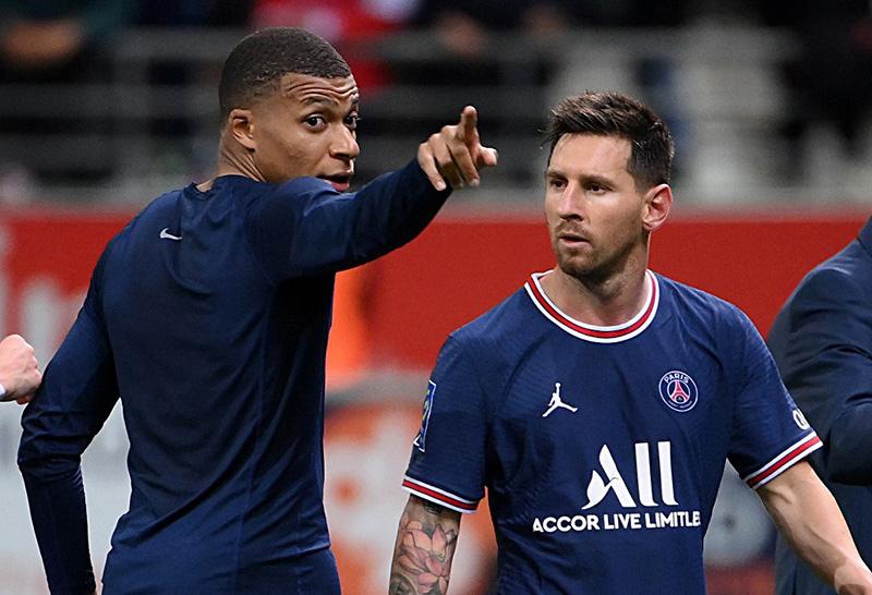 Mbappe và Messi chưa ra sân trận gặpClermont Foot