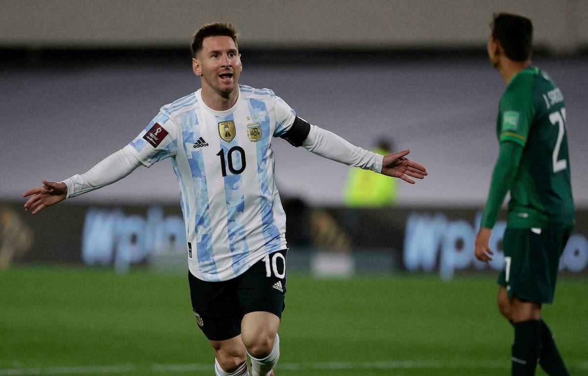 Messi lập kỉ lục vượt qua vua bóng đá Pele