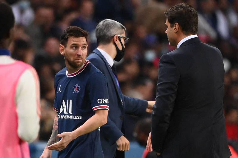 Messi bị thay ra giữa trận đấu