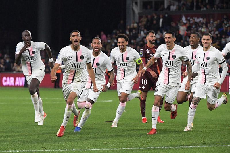 PSG chiến thắng Metz