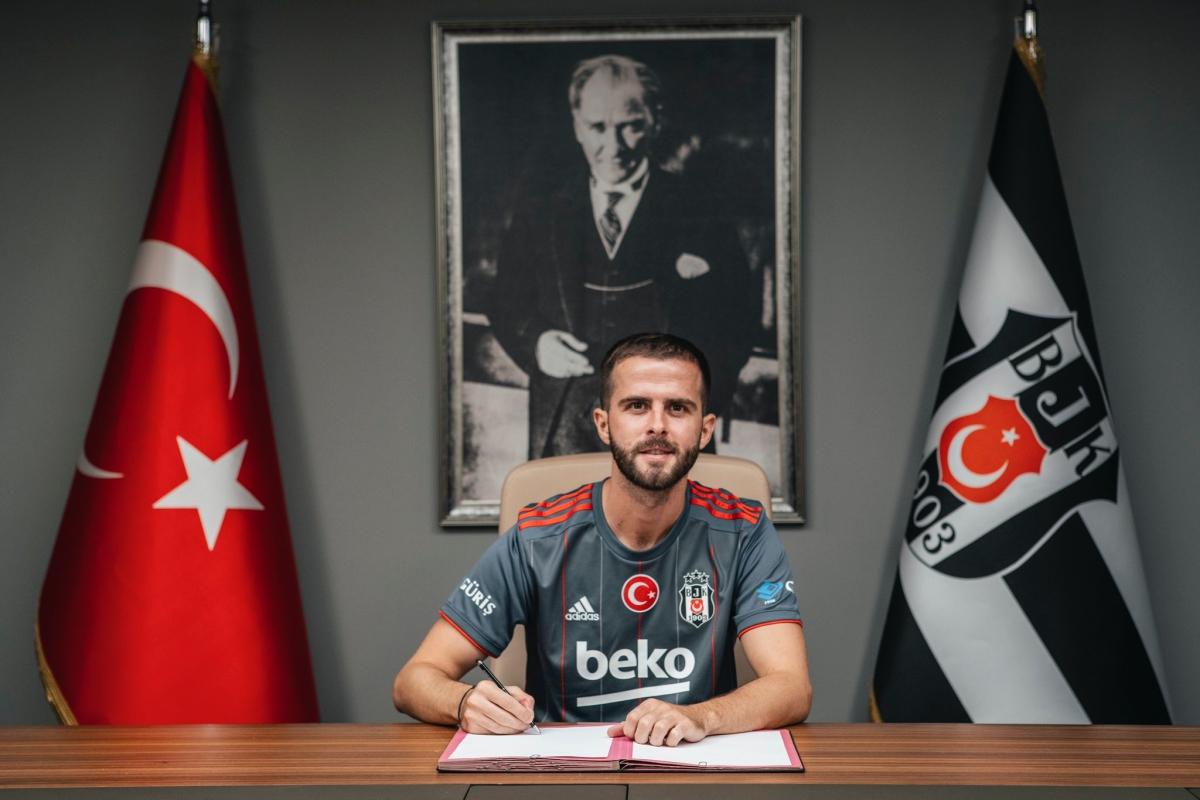 Miralem Pjanic chuyển sang khoác áo nhà vô địch Thổ Nhĩ Kỳ - Besiktas theo dạng cho mượn