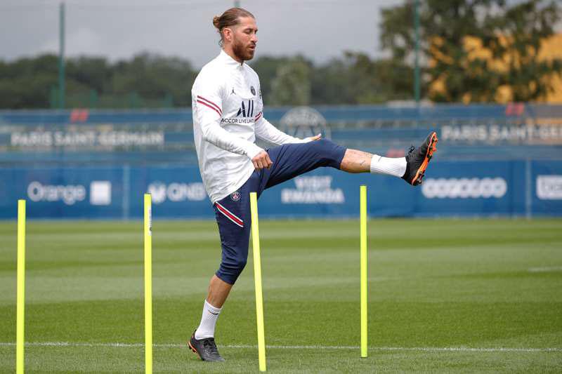 Ramos dính chấn thương