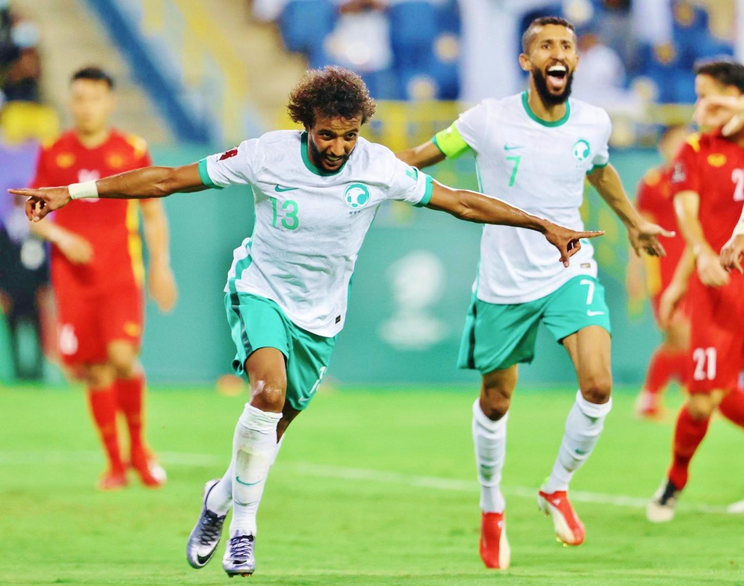Saudi Arabia ghi bàn thắng duy nhất vào lưới Oman trong hiệp 1
