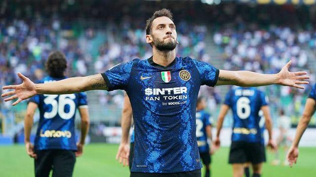 Đặc sản sút phạt hồi sinh ở Inter
