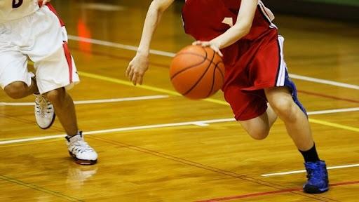 Cách thực hiện kỹ thuật di chuyển trong bóng rổ
