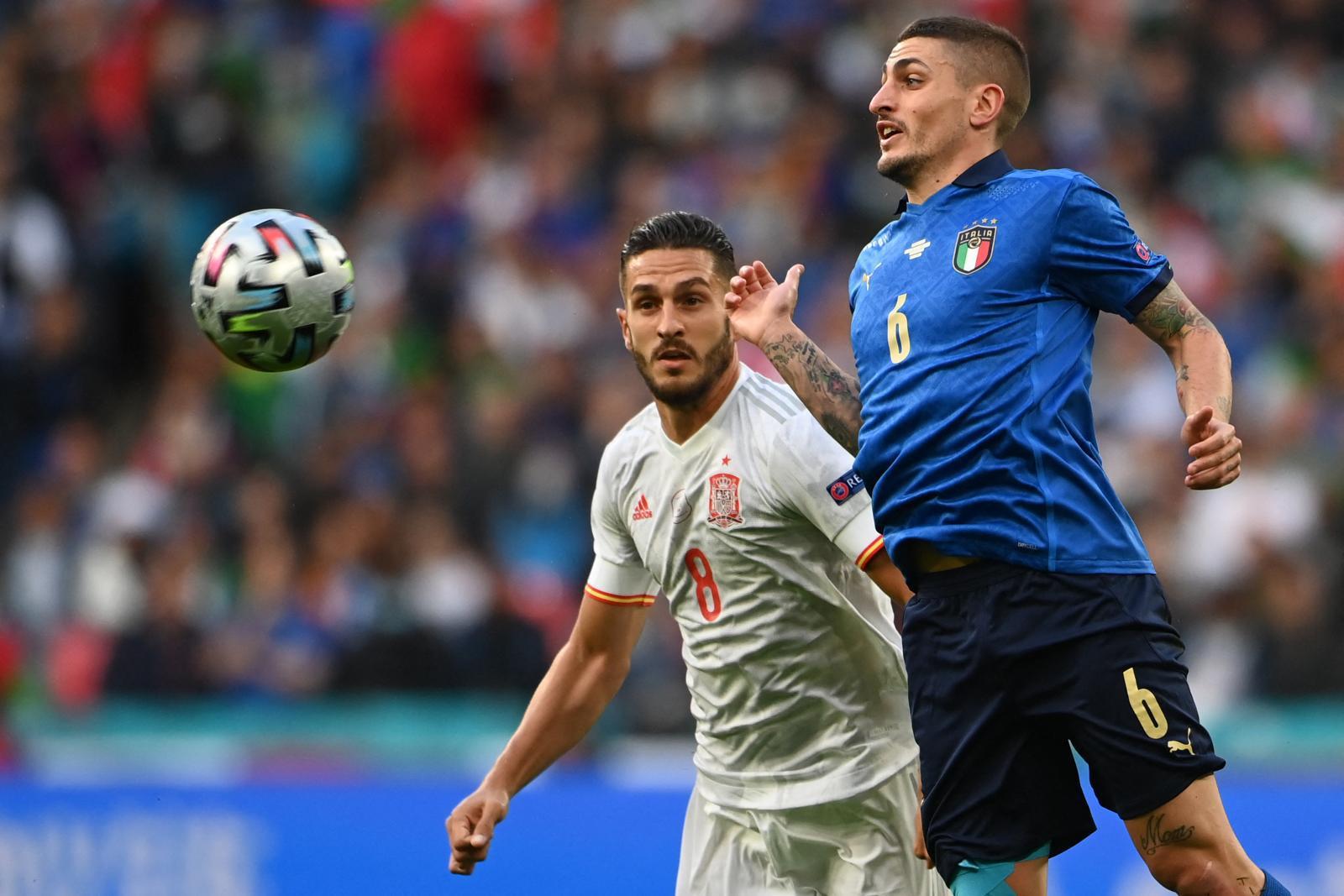 Xu hướng tiền đạo phòng ngự là chiến thuật được các đội bóng Euro 2020 thường xuyên áp dụng
